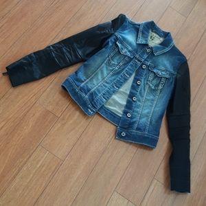 Garcia Black Sleeves Denim Jacket